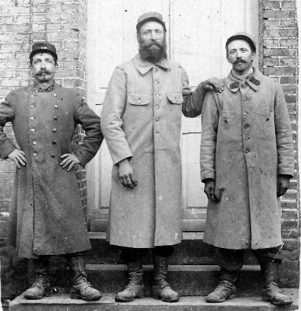 1916, François DUVAL et colègues poilus