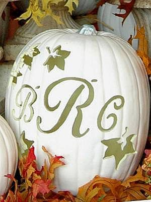 pumpkin_wht_initials_masterpiecepumpkins