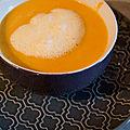 Velouté de carotte à l'espuma d'orange-coco
