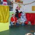 spectacle de noel à la creche 2006