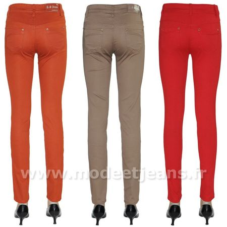 Pantalon slim couleur