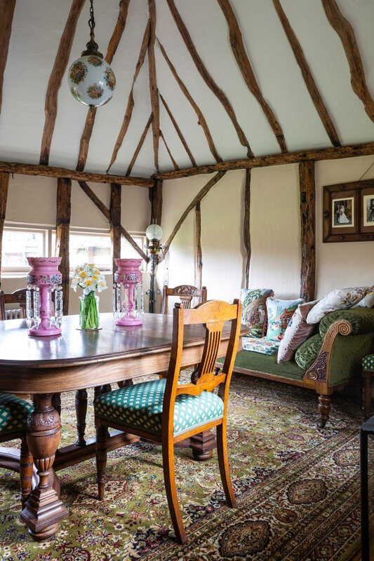Vintage cottage in England photos by Kasia Fiszer (1)