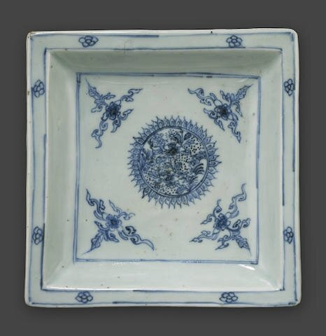 A blue and white square dish, 17th century