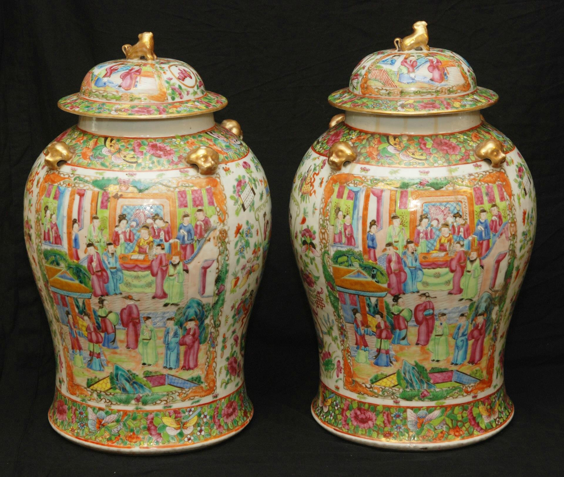 Pair of late 19th or early 20th century famille rose covered vases
