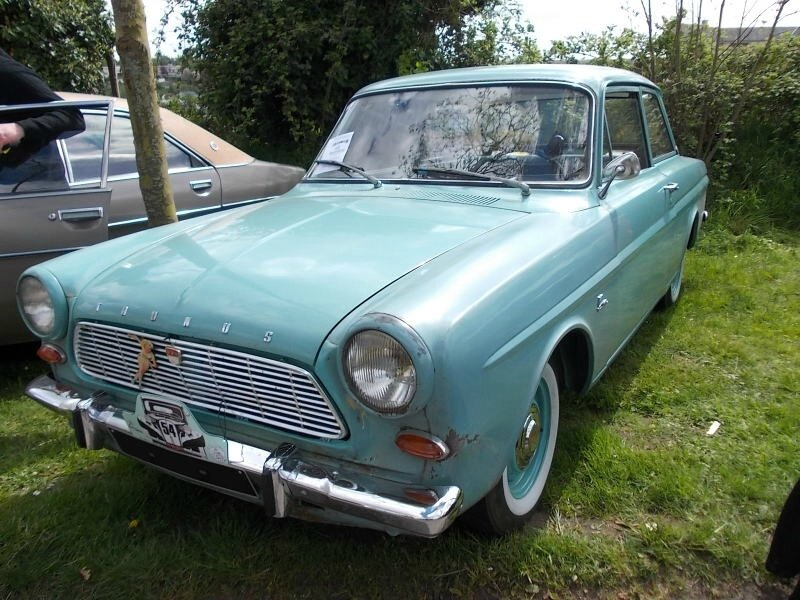 FordTaunus12MP4av1