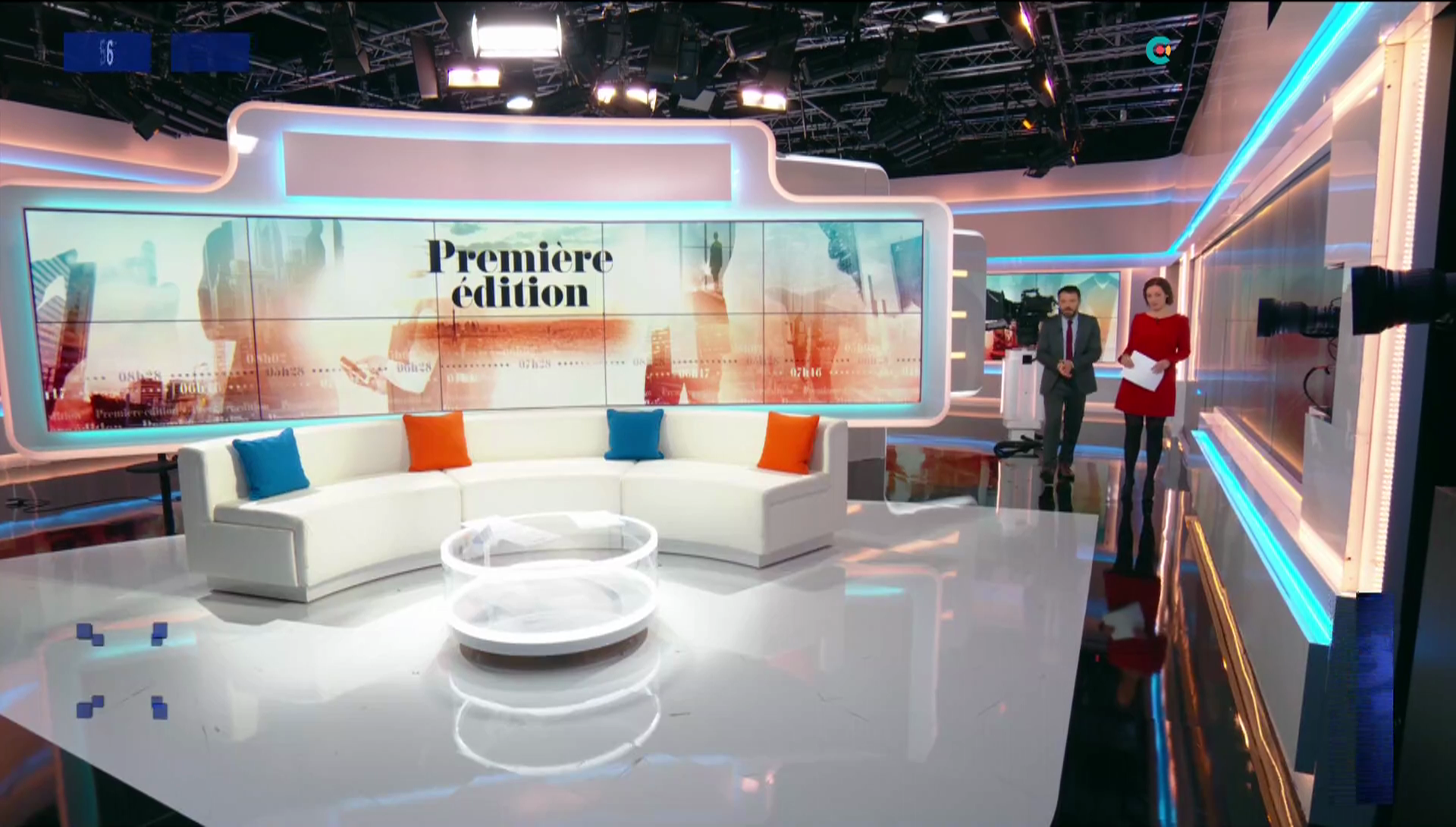 carolinedieudonne07.2019_05_03_journalpremiereeditionBFMTV