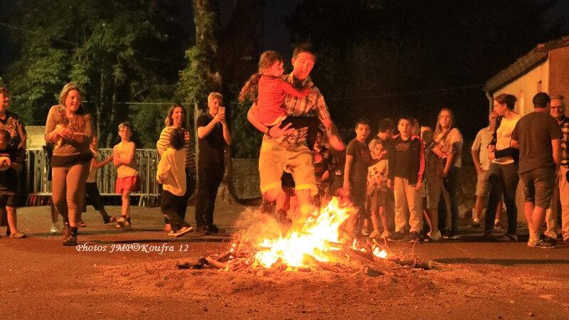 Photos JMP©Koufra 12 - Le Caylar feu de la St Jean - 29062018 - 560