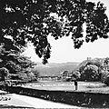 Les rives du Doubs au barrage de Micaud et la citadelle