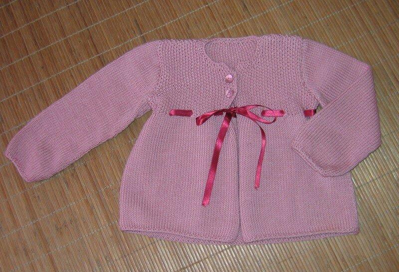 cardigan froncé en coloris rose thé , laine Rowan
