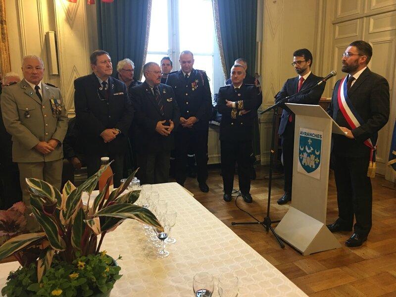 cérémonie armistice 11 novembre 2017 1918 Avranches David Nicolas Hôtel de ville discours