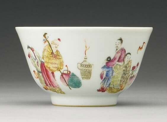 A famille-rose 'Figure' bowl, Xianfeng mark and period