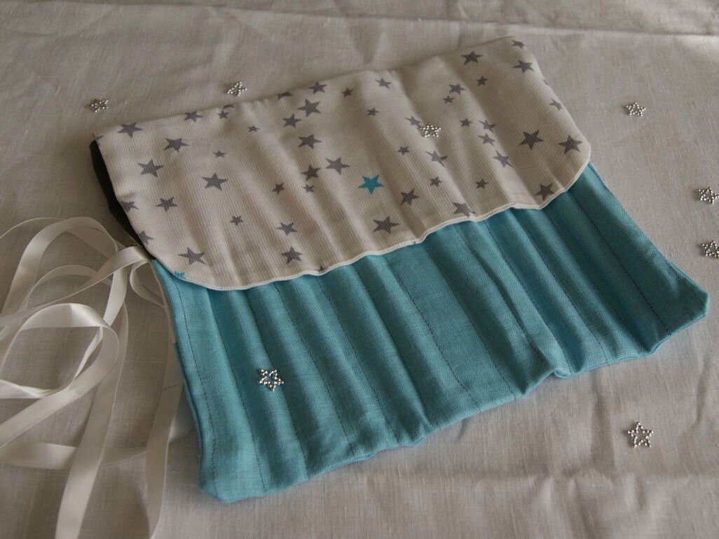 trousse-crayons-lin-etoiles