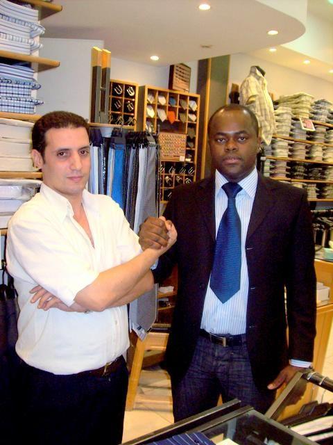 Mister Mayor dans une boutique Italienne