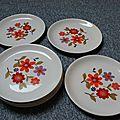 Assiettes plates # 89
