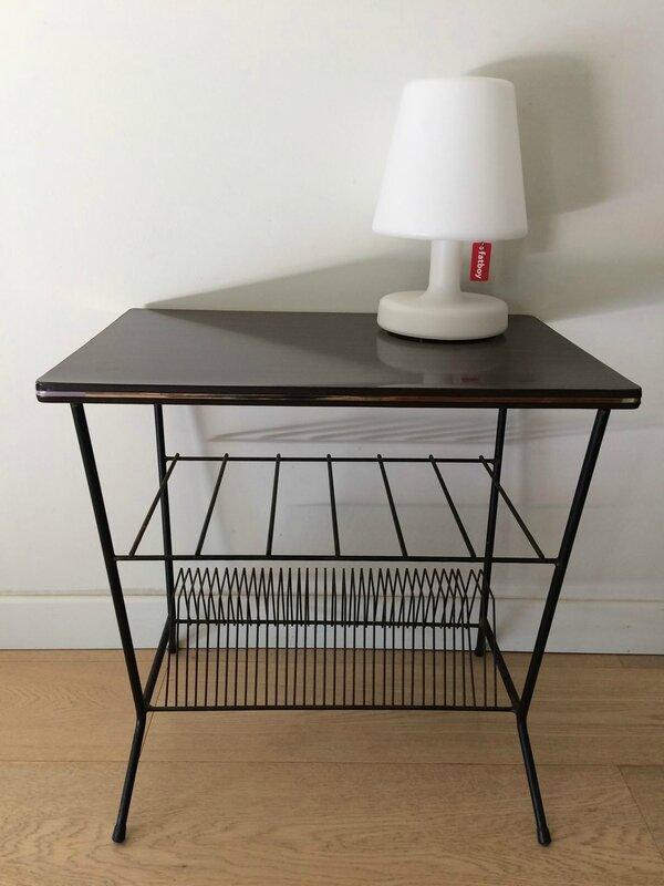 a vendre table basse vintage range vinyles mon teepee paris. Black Bedroom Furniture Sets. Home Design Ideas