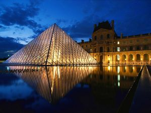 Louvre Paris2