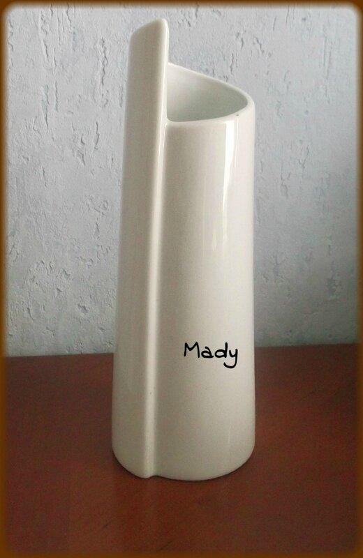 Support vase porcelaine