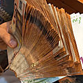 Portefeuille magique en euro et en dollars