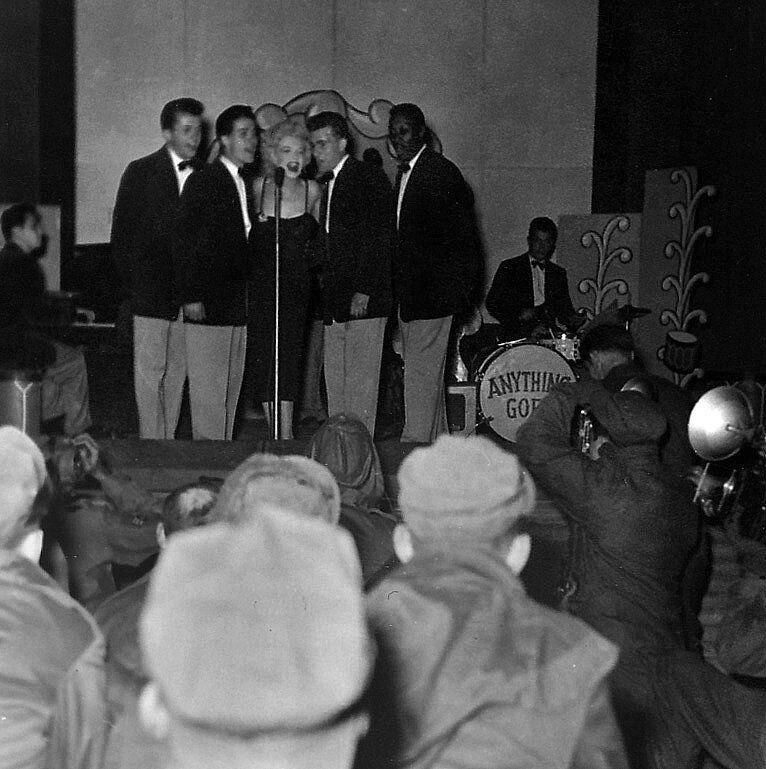 1954-02-19-korea_daegu-inside-stage-016-5
