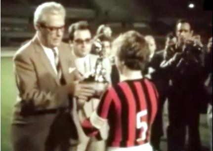 Photo Danoise avec trophée CM 1970