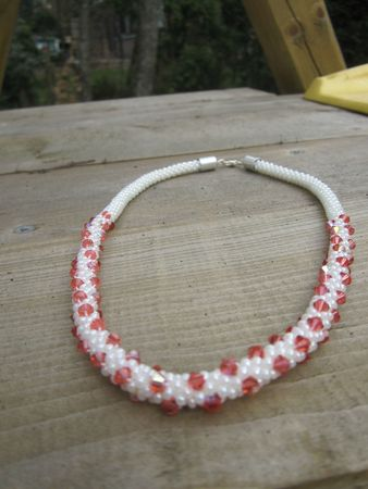 collier crochet toupies paparad 2