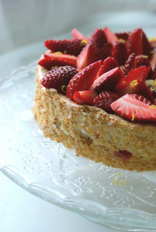 angel cake fraises
