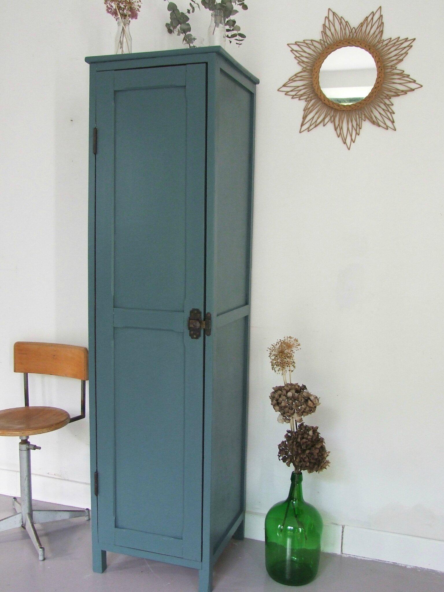 armoire bonneti re vintage bab 39 s meubles vintage pataluna chin s d nich s et d lur s. Black Bedroom Furniture Sets. Home Design Ideas