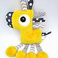 Doudou cheval gris jaune