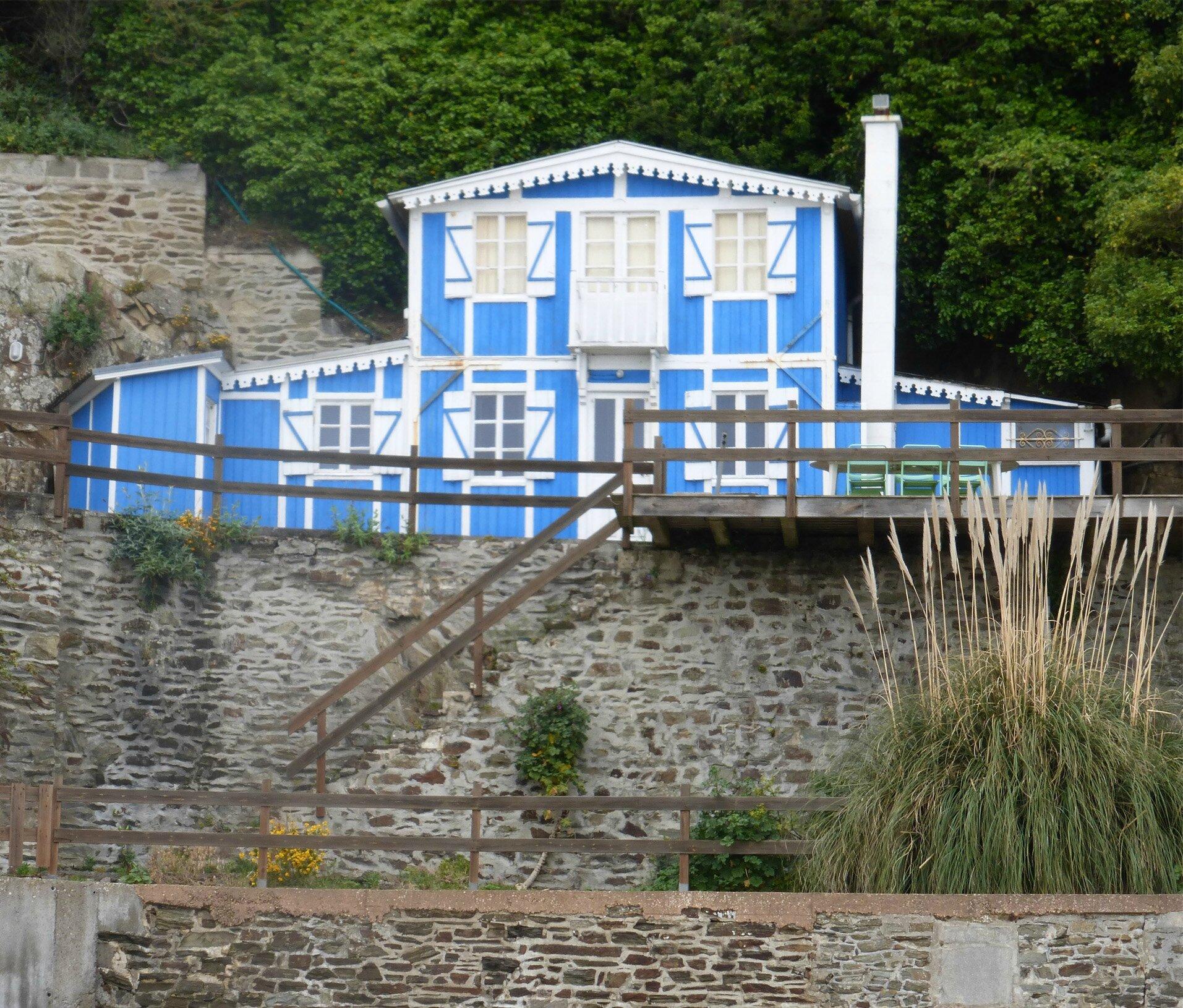 Maison bleue1