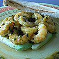 Avocat et crevettes marinées
