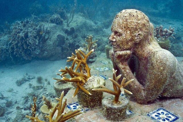 Statues-of-the-Cancun-Underwater-museum3-©Coventur-DMC