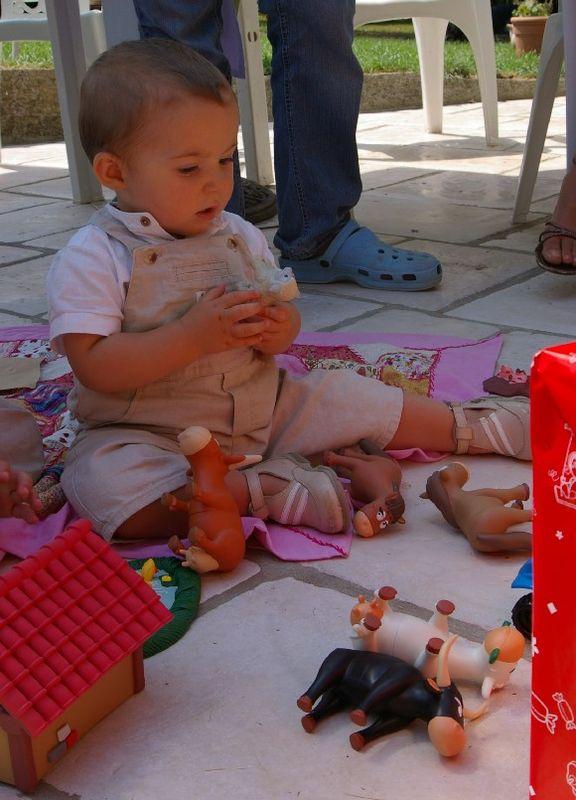 Oscar et ses jouets