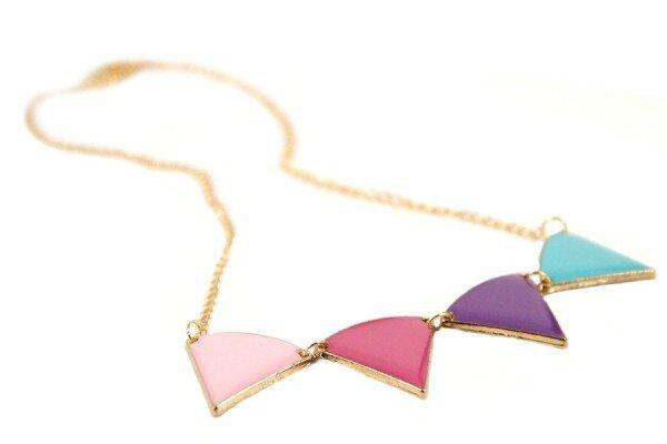 chaine-pendentif-collier-triangle-bijoux-chérie