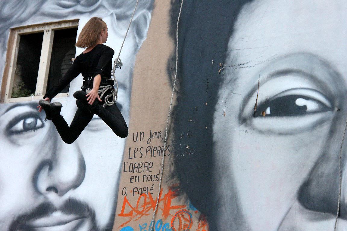 Cie Les Passagers - Walldance -Les voies du mur + Mouarf_1983