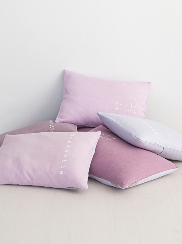 79ideas_pink_pillows_tuliP_and_i