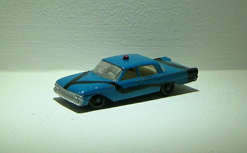 Ford fairlane police car (ref 55)(Matchbox)