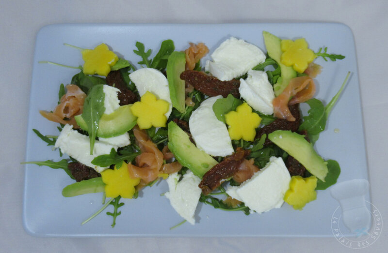 Salade mangue saumon et avocat