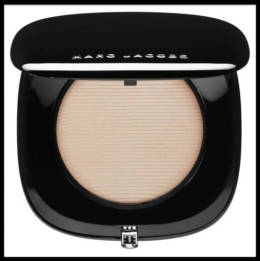 marc jacobs beauty fond teint compacte 1