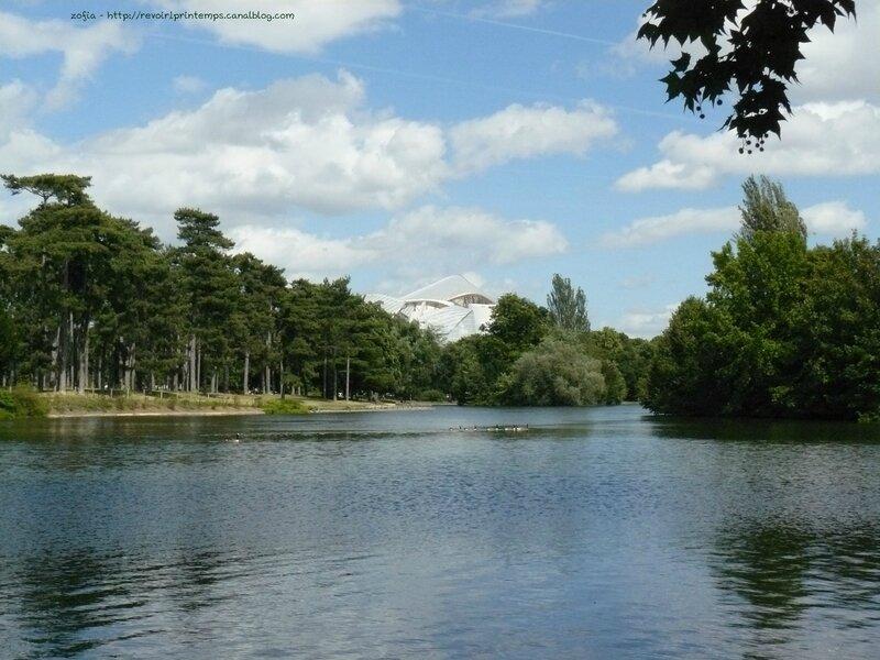 Bois de Boulogne Fondation Vuitton