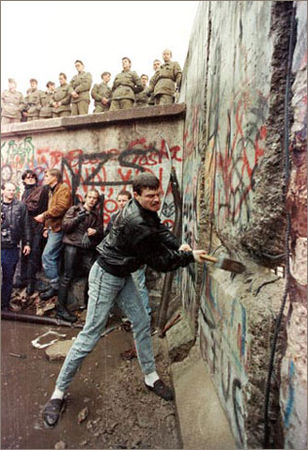 1989_mur_berlin_c_str_old_r1