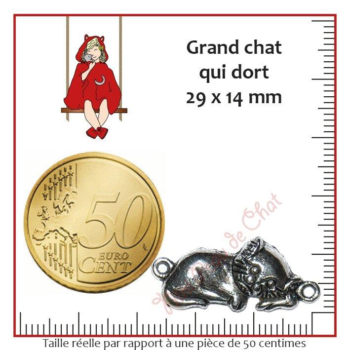 Grand chat qui dort 29 x 14 mm