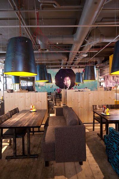 2433_architecture_design_muuuz_magazine_blog_decoration_interieur_art_maison_architecte_amerikka_office_chico_restaurant_espoo_finlande_09_1_