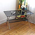 Table basse en verre et laiton