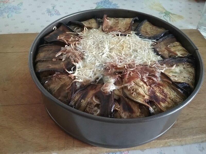 Charlotte d'aubergines à la viande hachée et au fromage (3)
