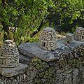 Le beau village de gordes (vaucluse)