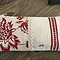 Trousse tissu ancien fleuri rouge le - réf. tr 0442