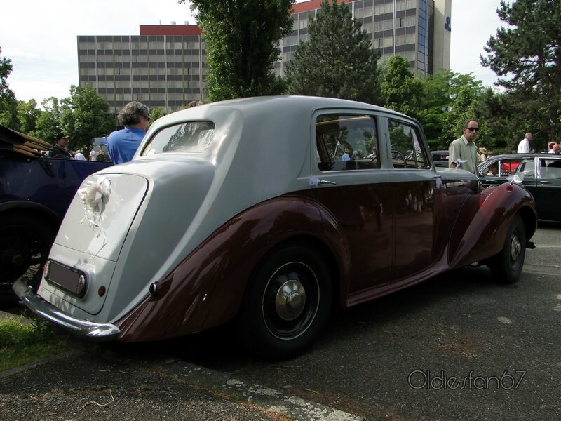 bentley-mk6-saloon-1946-1952-b