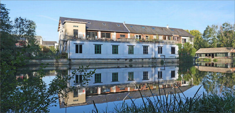 Roussille tanneries matin pano 161020