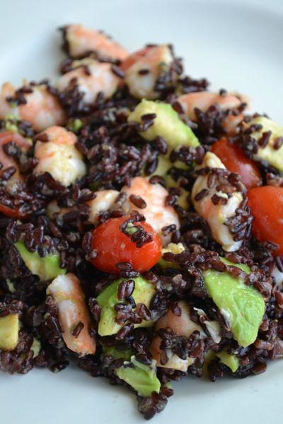 Salade de riso venere crevettes avocats tomates sauce thaïe (4)