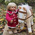 Tuto manteau pour poupées wichtel (32 cms) + idées pour adaptation à d'autres tailles de poupées.
